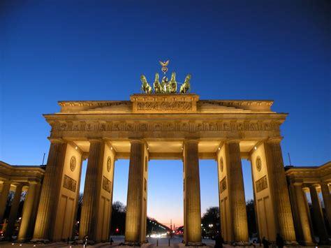 porte di brandeburgo porta di brandeburgo berlino 2009 foto immagini