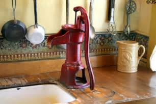 Old Fashioned Faucets Kitchen Water Pump Of Boston Hotel Now Astor House Museum