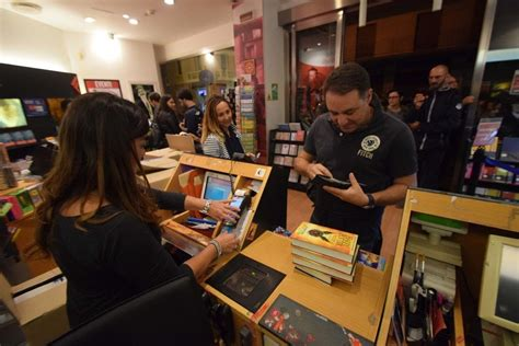 libreria feltrinelli bari harry potter a bari una notte magica alla feltrinelli 1