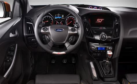 focus st    automatic transmission  manual transmission