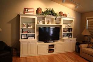 Decorating Ideas Above Entertainment Center Built In Tv Cabinets Designs
