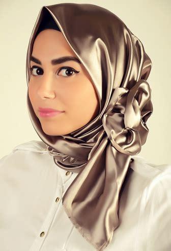 tutorial jilbab bahan satin tutorial cara memakai jilbab pesta dan lebaran yang cantik