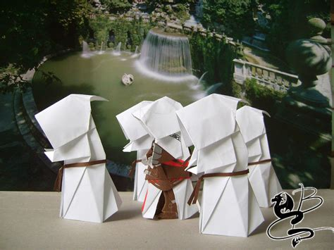 How To Make A Paper Assassin S Creed Blade - east meets west awesome assassin s creed origami artwork