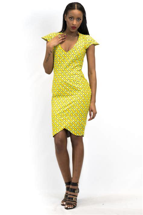 Model De Wax Robe