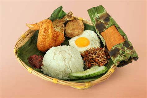 new year traditional food singapore singapore food trail opens
