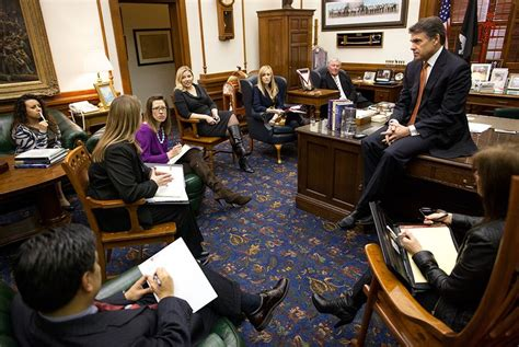 Perry Office by Perry S Chief Of Staff Returning To The