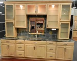 maple kitchen cabinets photos