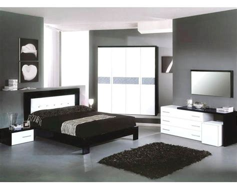 black modern bedroom set modern bedroom set in black white finish made in italy
