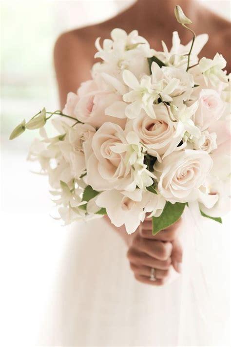 wedding flowers 25 best ideas about wedding flowers on pinterest