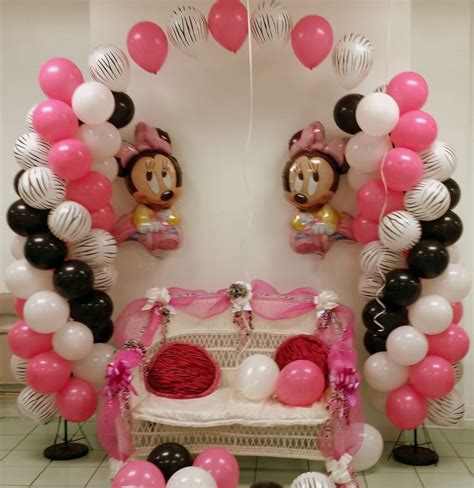 Minnie Mouse Balloon Decoration by Minnie Mouse And Zebra Balloon Arch Balloon Decor