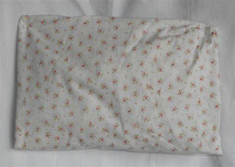 pattern crib sheet kidsline pink white flowers pattern crib sheet