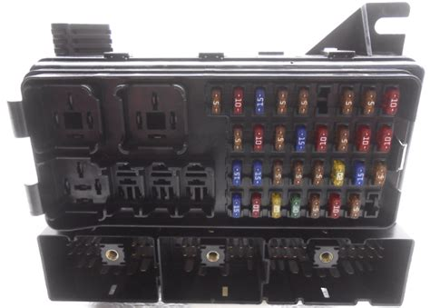 stock ford taurus mercury sable cabin fuse box  relays  cover alpha automotive
