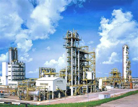 In Industry by Heavy Organic And Inorganic Chemical Industries Of India