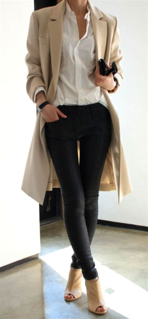 outfits for women in their 20s hairstylegalleries com tan coat white button down skinny jeans open toe boots