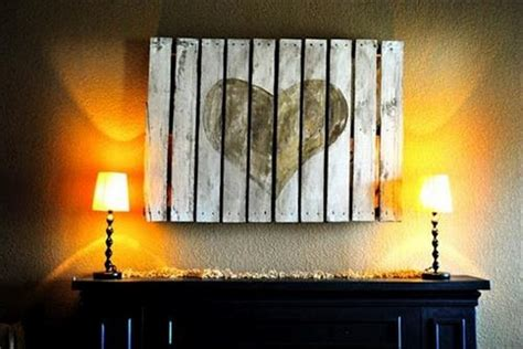 Pallet Decor Ideas by Decorate Your Home With Pallets Recycled Things