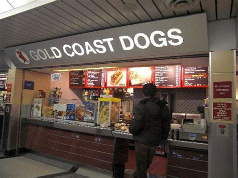 gold coast dogs hotdog picture of gold coast dogs o hare international