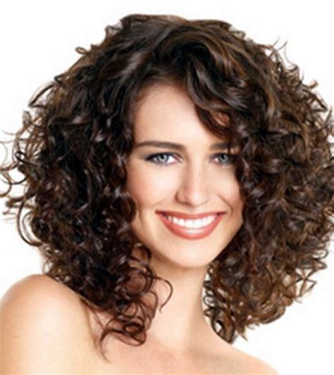coupe cheveux fris 233