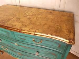 Gold Leaf Bedroom Furniture Best 25 Gold Leaf Furniture Ideas On Gold Painted Furniture Gold Leaf And Gold