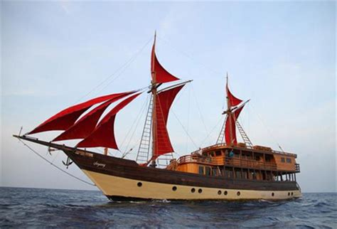 phinisi boats for sale indonesia 108ft phinisi schooner phinisi buy and sell boats