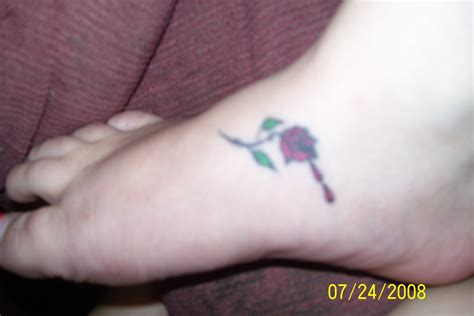 bleeding rose tattoos bleeding picture
