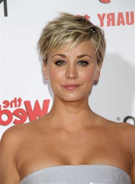 kaley cuoco hairstyles haircuts short pixie bangs updos 20 best of kaley cuoco new short haircuts