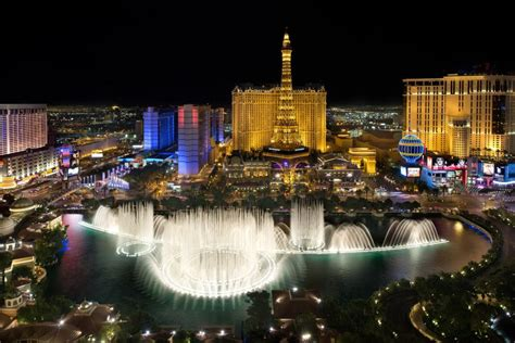 best restaurants bellagio five restaurants with a view of the bellagio fountains to