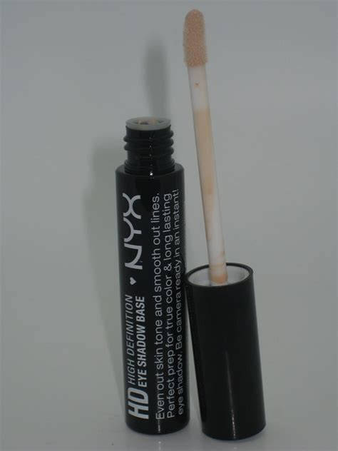 Nyx Hd Primer nyx high defination hd eye shadow base primer review