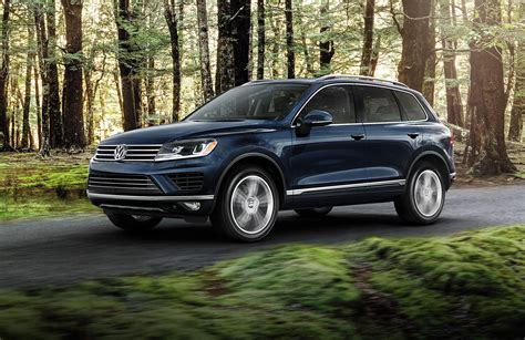 2015 Volkswagen Touareg Vs 2015 Jeep Grand Cherokee