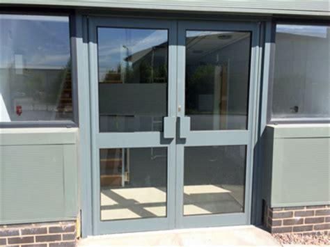 Shop Front Door Aluminium Shop Fronts And Glass Shopfronts In Leeds Halifax Huddersfield West