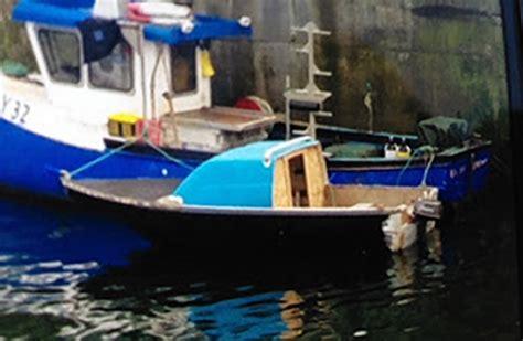 missing boat coastguard finds missing sailor s boat off the western