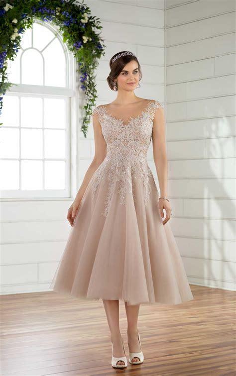 Liana Drees and sweet wedding dress essense of australia