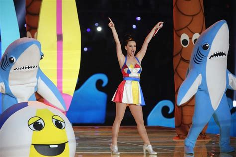 katy perry new tattoo 2015 katy perry marks super bowl performance with new tattoo