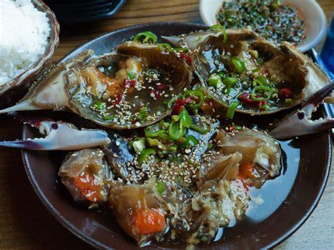 File:Korean seafood Ganjang gejang Marinated crabs in soy