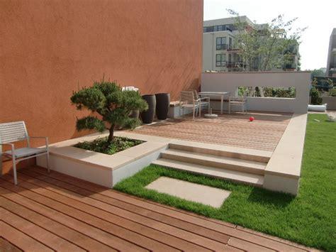 Terrasse Mit Stufen by Treppen Stufen Modern Terrasse Sonstige