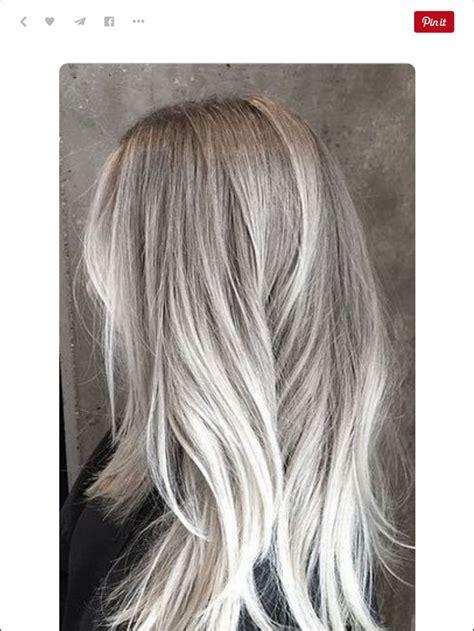 platinum blonde hair over 45 25 beste idee 235 n over grijze highlights op pinterest