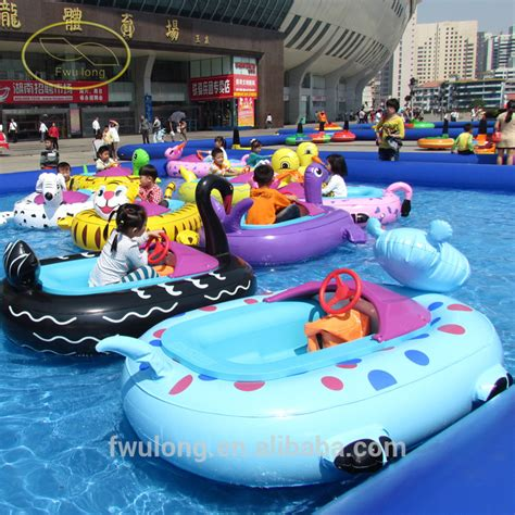 blow up boat bumpers outdoor water park bumper boat for kids abs plastic boat