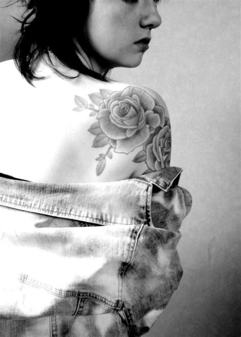 shoulder rose tattoos tumblr 171 best images on