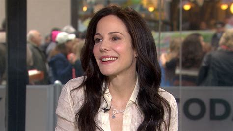 Chip And Joanna Gaines Book by Mary Louise Parker Wins Our Hearts In Honest Talk About
