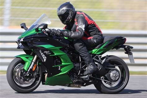 Kawasaki H2 Motorrad by Kawasaki H2 Sx Quickly At Full Blast Riser Biker Blog