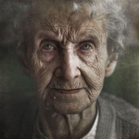 with wrinkled wrinkles