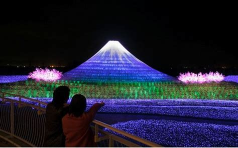 this japanese holiday light show is a wonder to behold