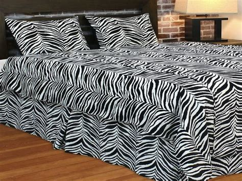 zebra print bedroom decor bloombety wild zebra print decor for bedroom zebra print