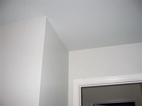 paint ceiling same color as walls