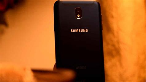 Samsung J7 Pro Purwokerto Samsung Galaxy J7 Pro Gets It All Right Except The Price