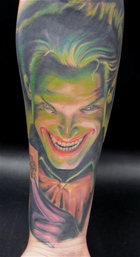 tattoo von joker estetattoo joker healed tattoos von tattoo bewertung de