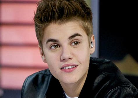 justin bieber biography video english is funtastic justin bieber biography