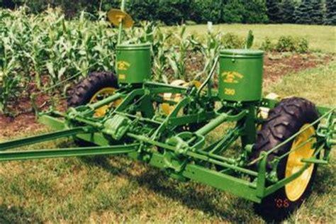 Deere 290 Planter by Deere 290 Planter Tractorshed