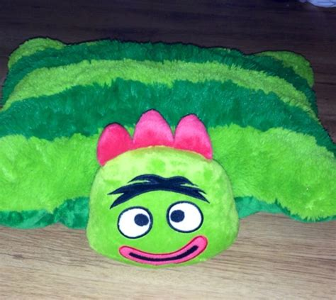 Brobee Pillow Pet by Free Like New Yo Gabba Gabba Brobee Pillow Pet Other