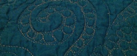 free motion quilting swirls and circles quilt addicts quilt addicts anonymous free motion quilting