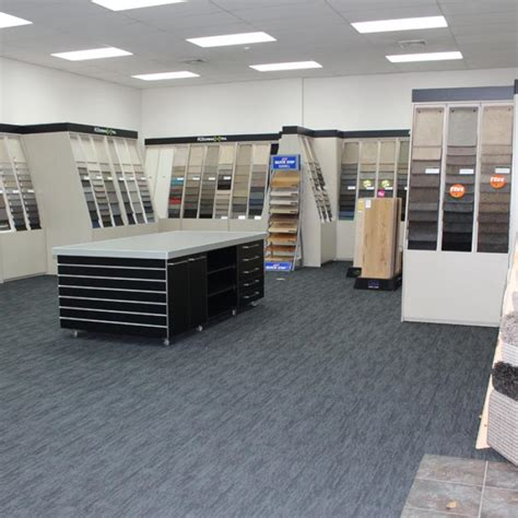 carpet flooring retail space fitout